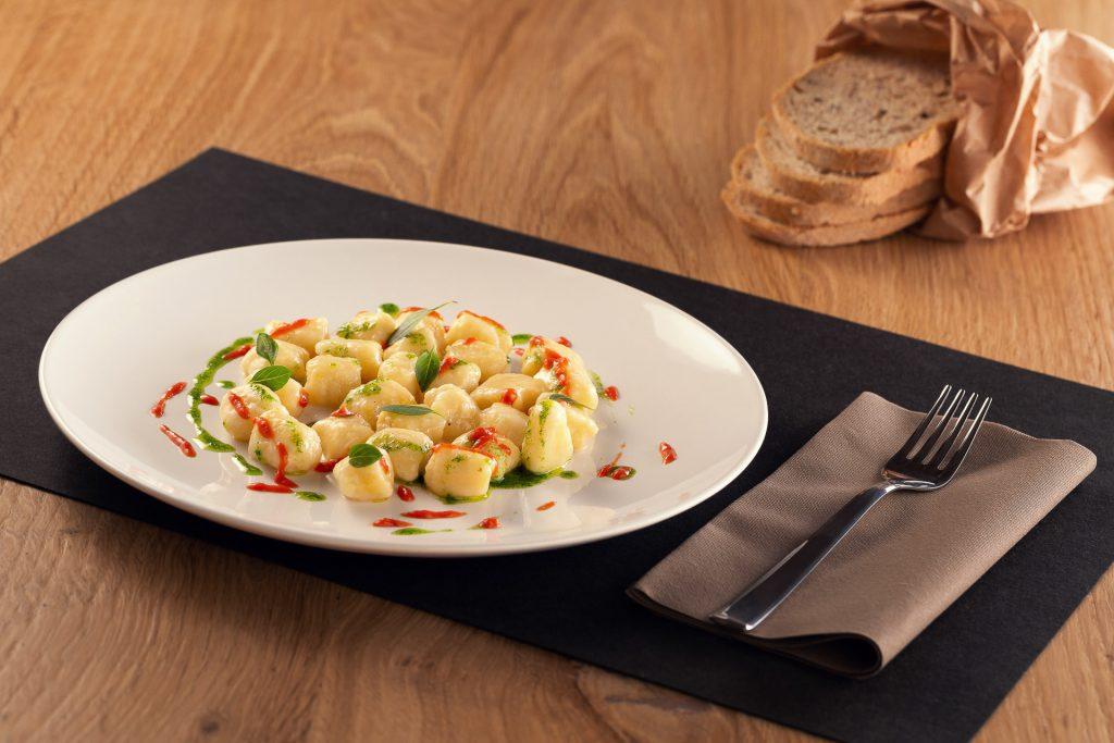 Gnocchi di ricotta Ferrero, pomodoro e basilico